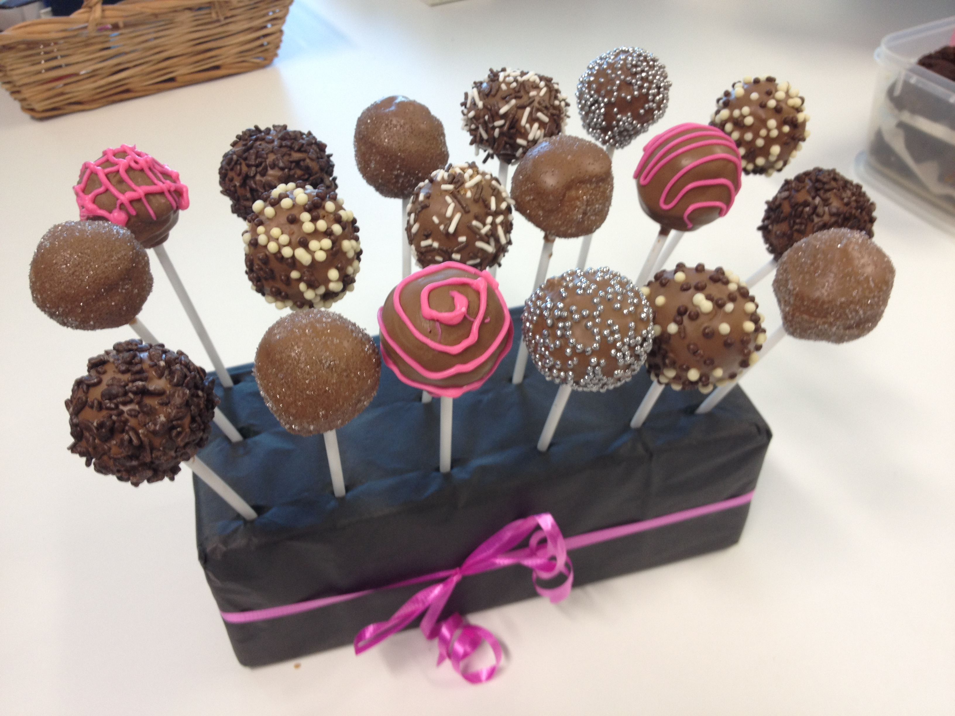 Cake Pops Using Melted Chocolate